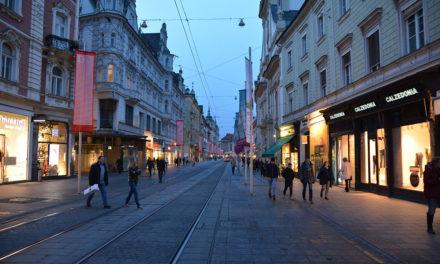 Wie erreiche ich Graz mit Bus, Bahn und Flugzeug?